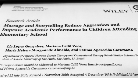 Massage and storytelling reduce aggression and improve academic preformance bild